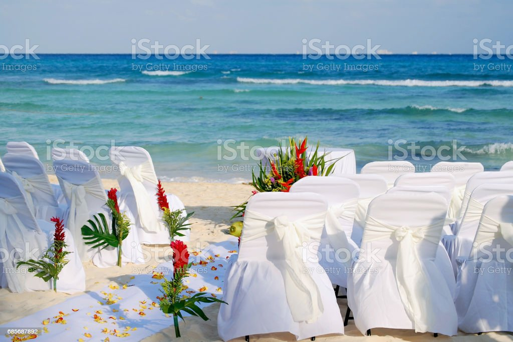 Awaiting the guest for the beach wedding 免版稅 stock photo