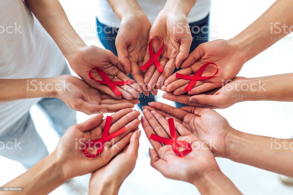 Concepto de la conciencia del SIDA. - foto de stock