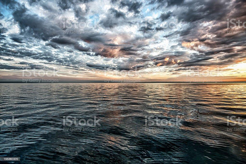 Atemberaubenden Sonnenuntergang über dem Lake Constance, Schweiz – Foto