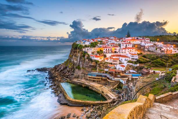 azenhas do mar - lissabon reise stock-fotos und bilder