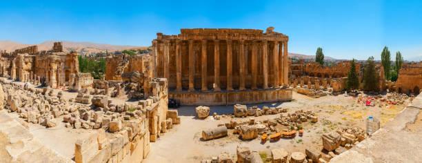 cité antique de baalbek dans lebanon.panorama. - liban photos et images de collection