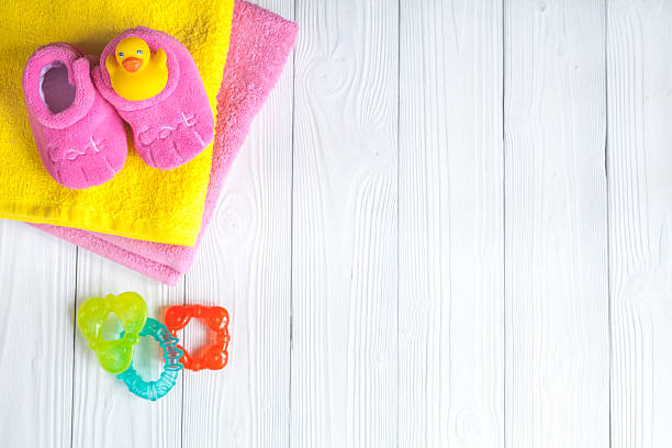 Baby accessories for bath on wooden background picture id622427608?b=1&k=6&m=622427608&s=612x612&w=0&h=oq6 wzjbkyvobkgiui9zkrb90johi 9gflbhxxbdnsq=