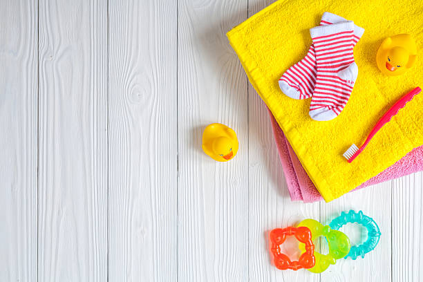 Baby accessories for bath on wooden background picture id624438226?b=1&k=6&m=624438226&s=612x612&w=0&h=j1kaaao zrzl y59zbuqskoavqfbtig2ybi ahlf0vi=