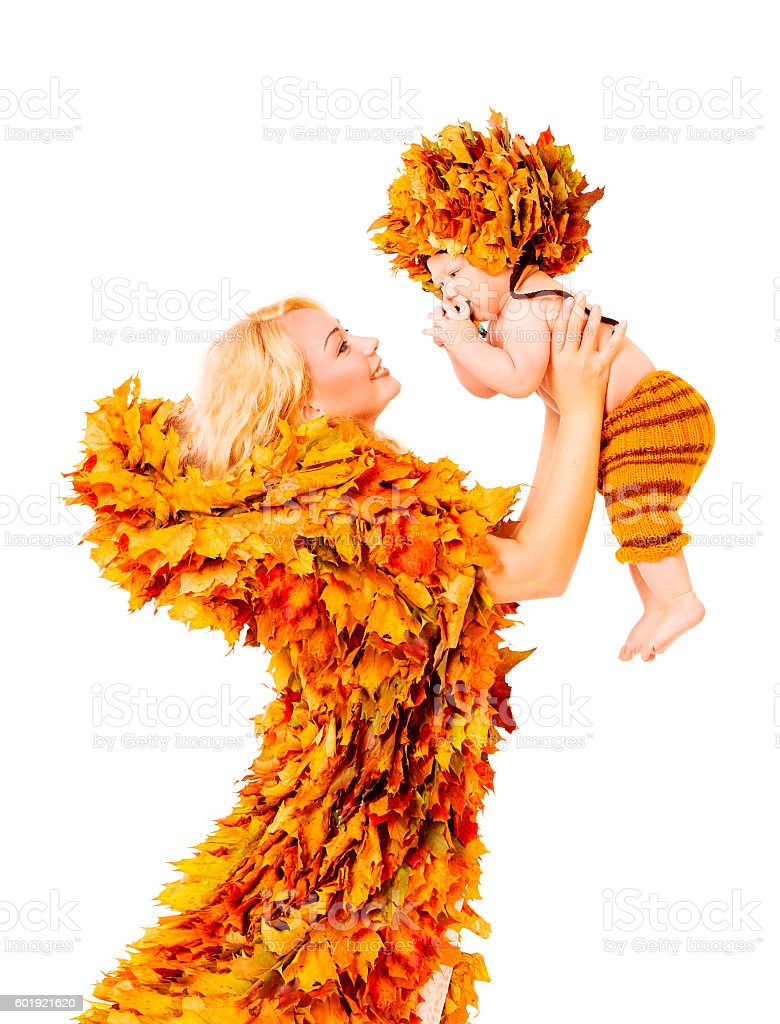 Baby and Mother Fashion Autumn Fall Leaves Clothing, White Isolated – Foto