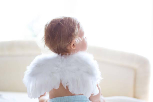 아기 안젤 스톡 사진