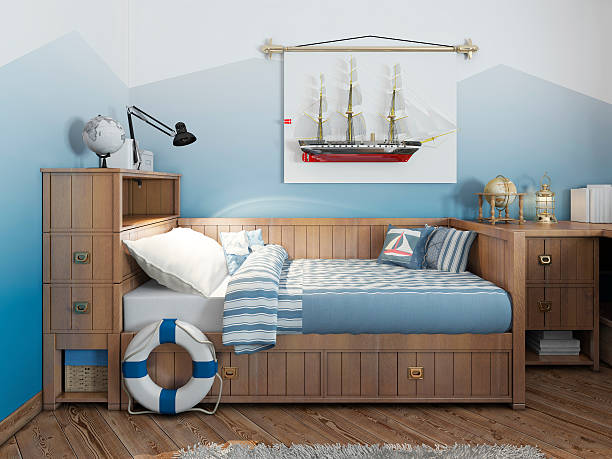 Baby bed for a young teenager in a ship