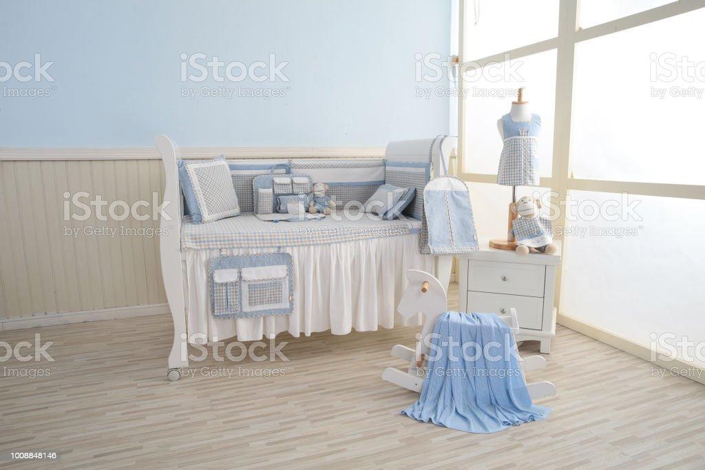Baby Schlafzimmer Stockfoto und mehr Bilder von Babybett ...