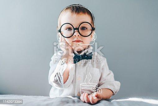 istock Baby boss 1142073354