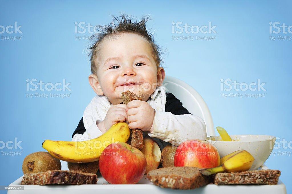 Babys mit gesunden Speisen – Foto