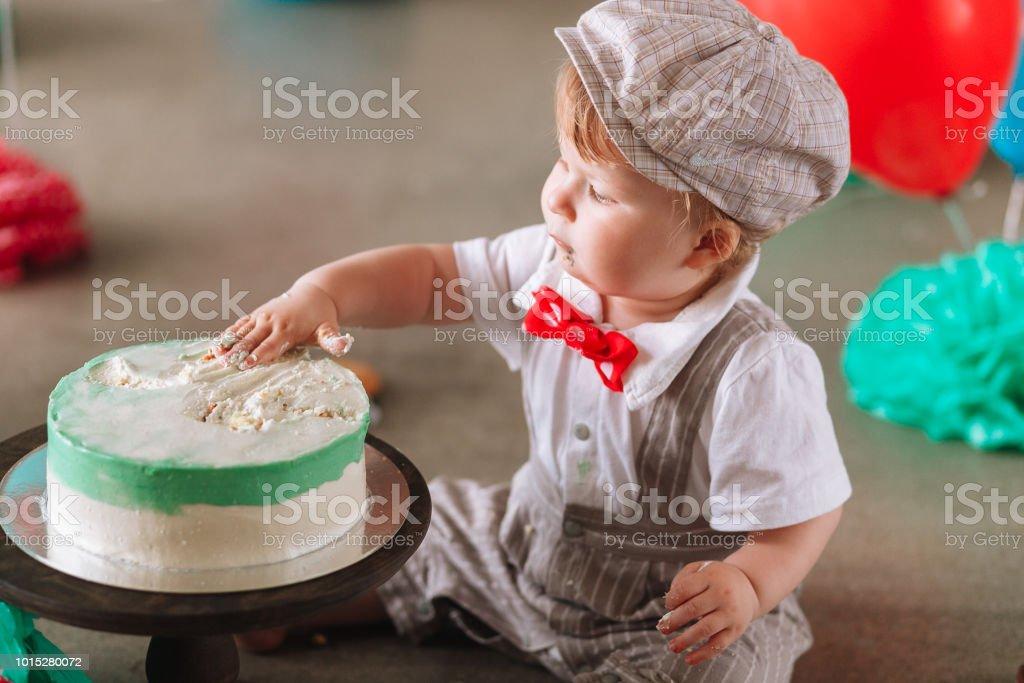 Fantastic Baby Boy Touching His First Birthday Cake Making Messy Cakesmash Personalised Birthday Cards Petedlily Jamesorg