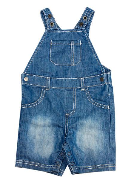 babymode – denim-jumpsuit isoliert. - jeans overall stock-fotos und bilder