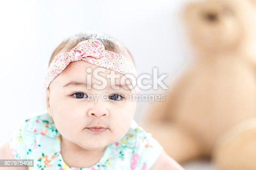 istock Baby Girl Crawling, Development Stage 927975408