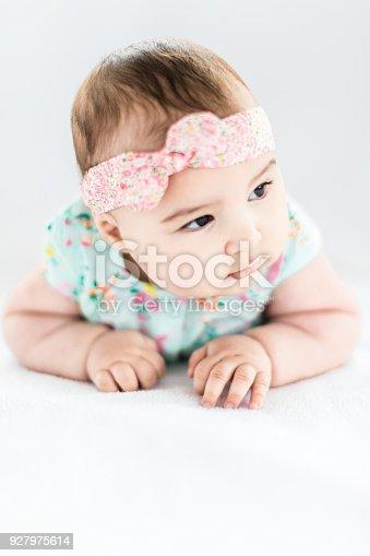 istock Baby Girl Crawling, Development Stage 927975614