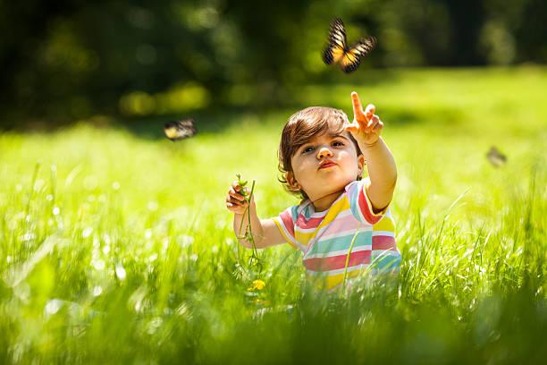 Baby girl in nature picture id494543697?b=1&k=6&m=494543697&s=612x612&w=0&h=w3rcvng e2fou4dh4r5alhmqjrocba0yukjgrrig t4=