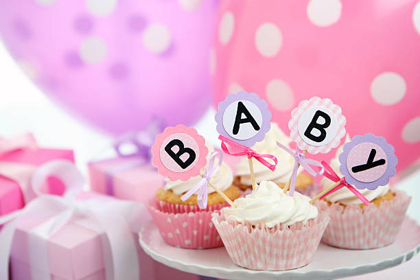 de niña bebé - baby shower fotografías e imágenes de stock