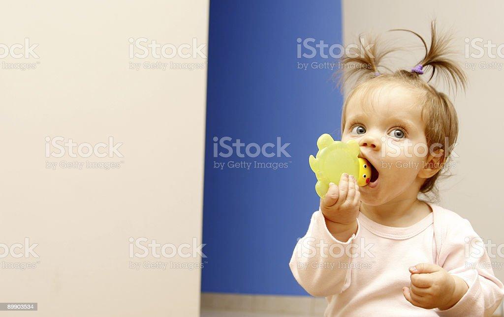 Baby девочка - Стоковые фото Стоковая фотография