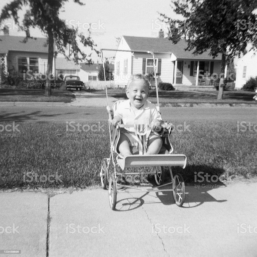 baby im kinderwagen 1959 retro stock fotografie und mehr bilder von 1950 1959 istock. Black Bedroom Furniture Sets. Home Design Ideas