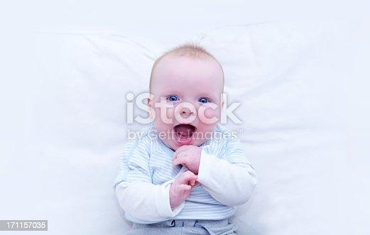 istock Baby joy 171157035