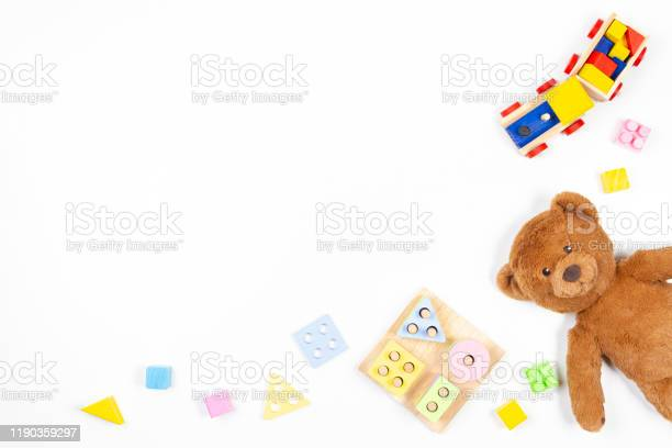 Baby kids toys background wooden educational geometric stacking picture id1190359297?b=1&k=6&m=1190359297&s=612x612&h=ttf 9mectrf92p pdrraw3he1r88wxoi7bzg1 zryns=