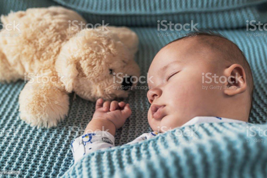 Baby Bedürfnisse seiner Schlaf! – Foto