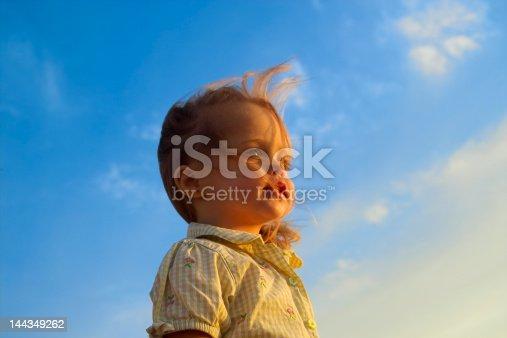 istock Baby Thinking 144349262
