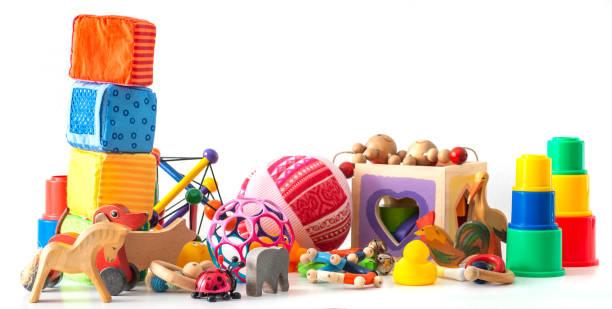 baby-spielzeug-ansammlung - spielesammlung stock-fotos und bilder