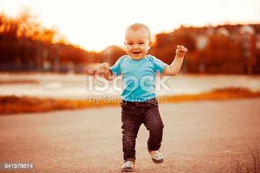 istock Baby's first steps 541979514
