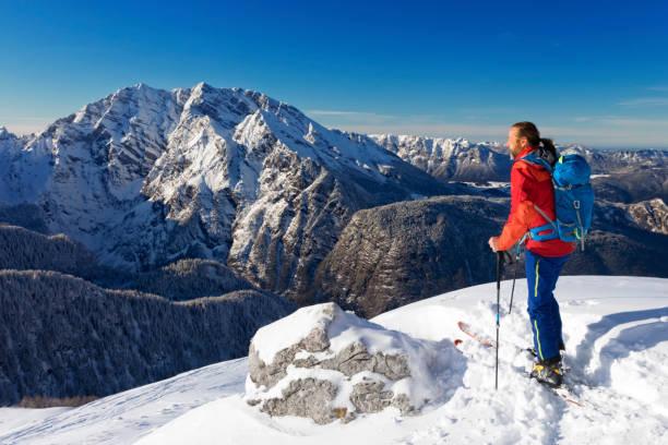 Back country skier at watzmann nationalpark berchtesgaden picture id895493040?b=1&k=6&m=895493040&s=612x612&w=0&h=ifxx5rfq6imyz42miufx2tf99h5gwok3tvtfrpynw8c=