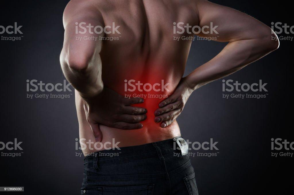 Dolor De Espalda Inflamación Del Riñón Dolor En El Cuerpo Del Hombre ...