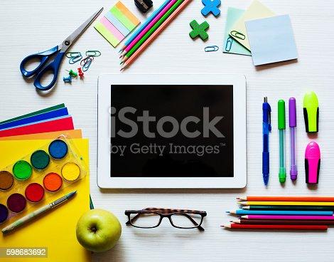 639376084 istock photo Back to school background 598683692