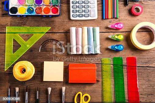 818533812 istock photo Back to school composition 506908398