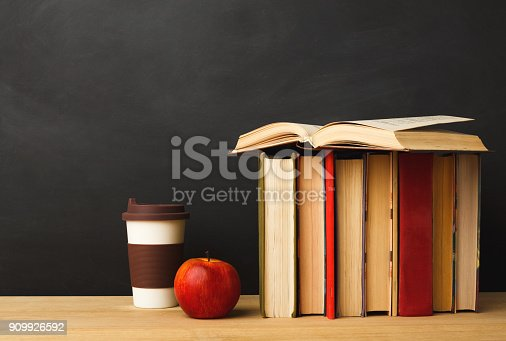 istock Back to school conceptual background 909926592