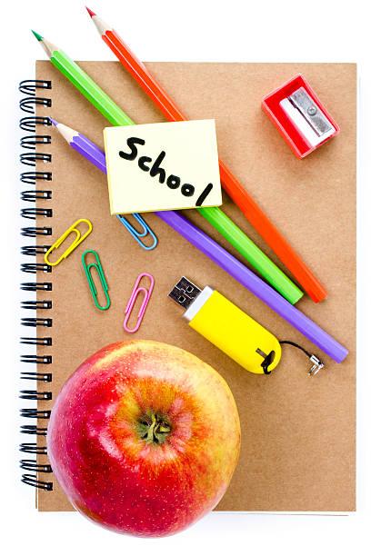 powrót do szkoły dostaw notatnik - back to school zdjęcia i obrazy z banku zdjęć