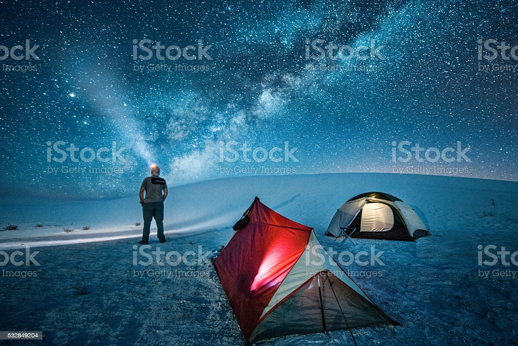 Backcountry campeggio sotto le stelle - foto stock
