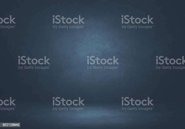 Backdrop room two picture id922129940?b=1&k=6&m=922129940&s=612x612&h=dpo2xxlvguiddqmh1nkvzteq0q3fftknsjiunx8sd c=