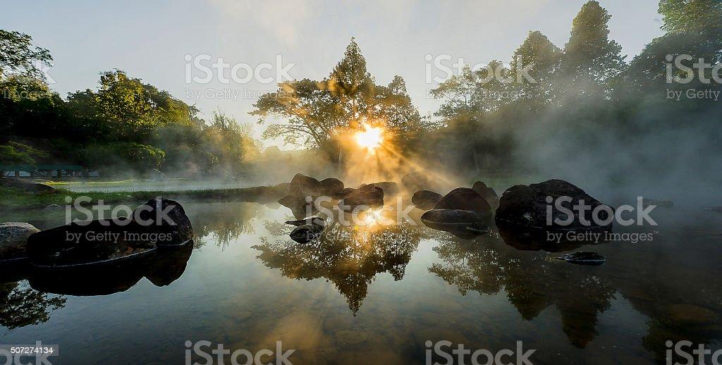 Fondo borrosa luz por la mañana - foto de stock
