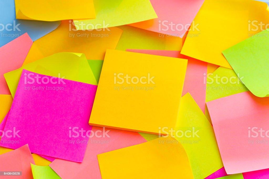 Hintergrund der farbigen Post-it – Foto