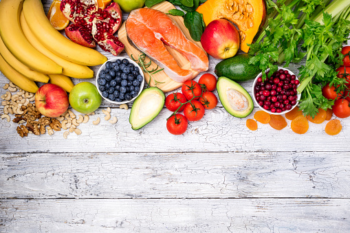 istock Background of healthy food for heart. Healthy food, diet and healthy life concept. Top view 883684610
