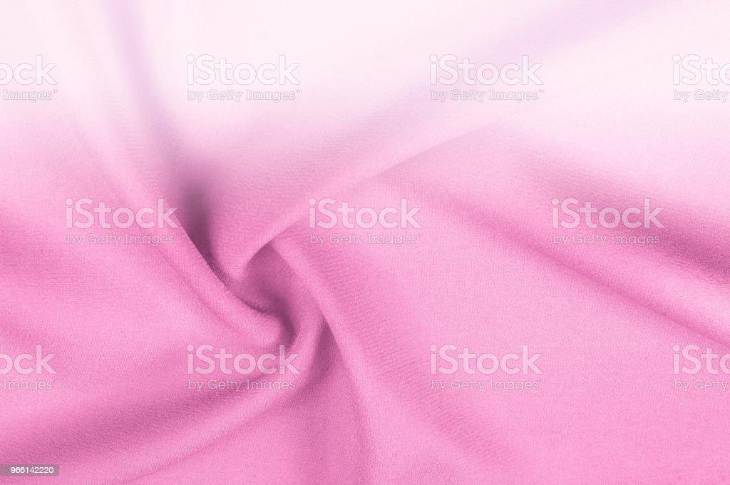 Bakgrund textur sidentyg rosa blek. Mjuk smidig traditionella festliga linne i regnbågen av alternativ och storlekar för att tillgodose eventuella färgintervallet effektivitet i tungvikt gör detta val populär - Royaltyfri Abstrakt Bildbanksbilder