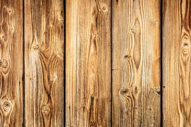 hintergrund mit einer schönen struktur der mauer der alten dielen - paletten kopfbrett stock-fotos und bilder