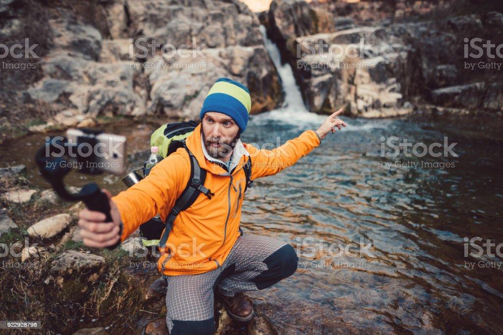 Backpacker Wandern und Vlogs – Foto