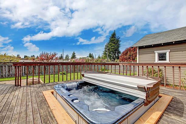 Terrasse mit Whirlpool – Foto