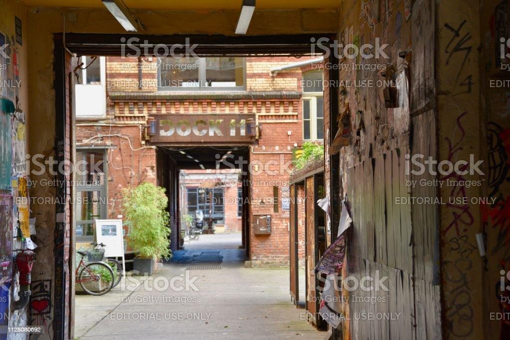 Hinterhof In Berlinmitte Stockfoto Und Mehr Bilder Von Alt
