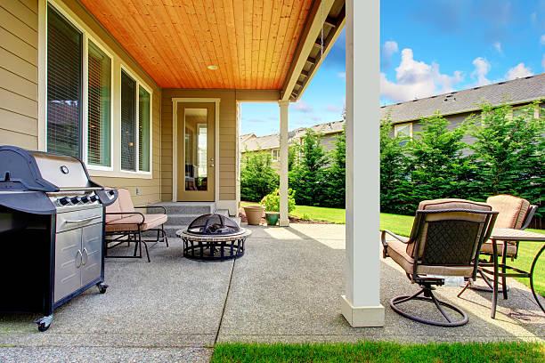 Terrasse im Innenhof – Foto