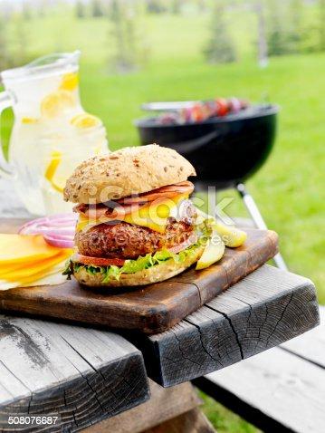 istock Bacon Cheeseburger 508076687