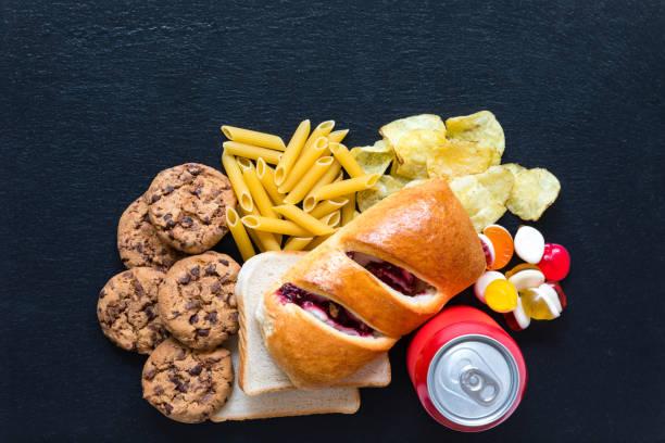 schlechte kohlenhydrate - brot kohlenhydrate stock-fotos und bilder