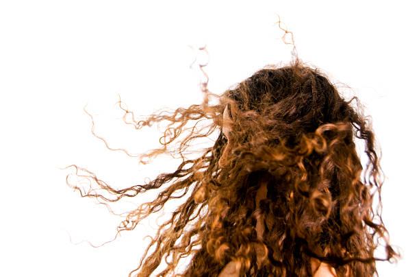 schlechte haare tag - krause haare stock-fotos und bilder