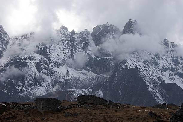 불용품 날씨 산맥, Himalaya, 네팔 스톡 사진