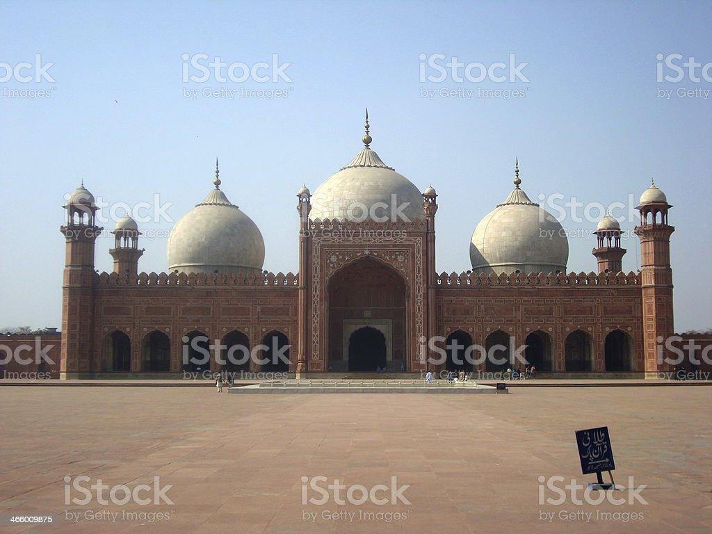 Badshahi Masjid Lahore Front View Stock Photo - Download Image Now
