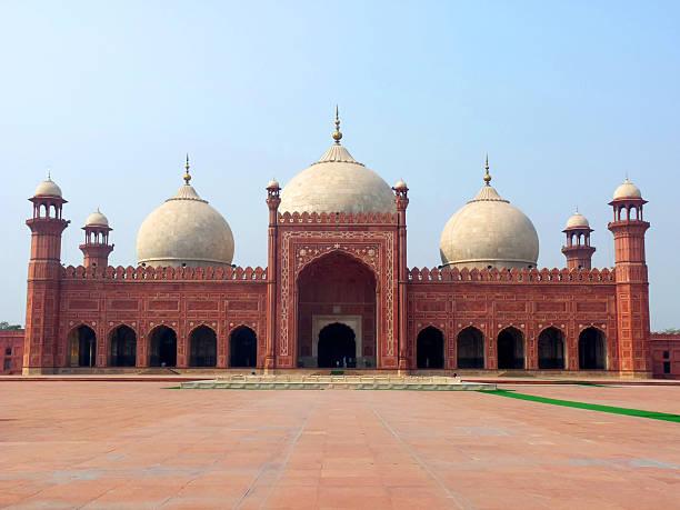 Badshahi Mosque  lahore pakistan stock pictures, royalty-free photos & images